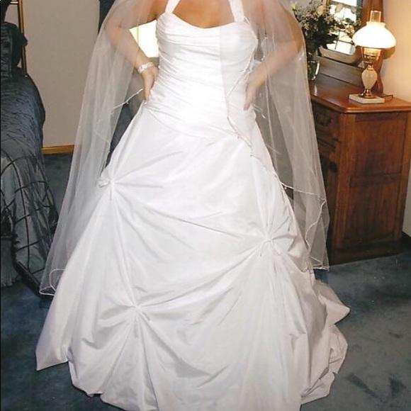 Vera Wang Dresses | Wedding Dress Halter Top White | Poshmark